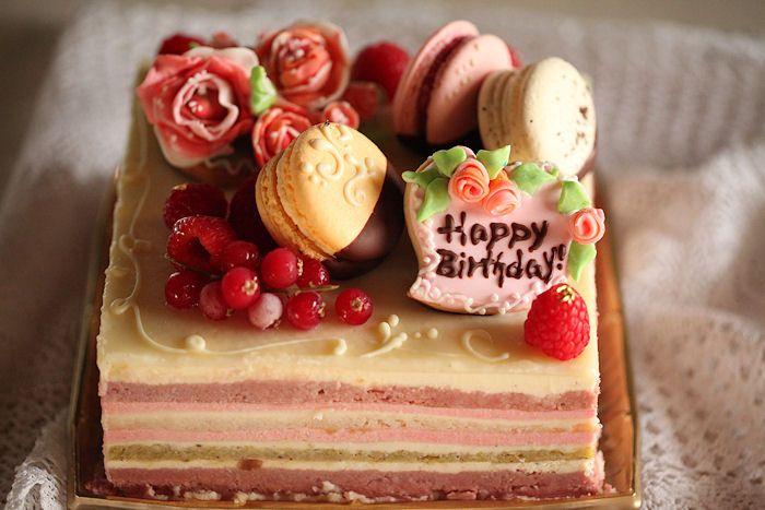 ローズ&ベリーズケーキ: Rose berries cake
