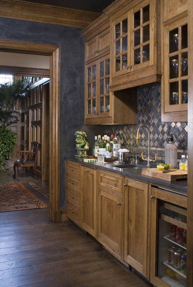 best 25 wet bar cabinets ideas on pinterest built in bar wet bars and mini bars for home. Black Bedroom Furniture Sets. Home Design Ideas