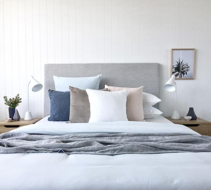 1000 Ideas About Pillow Arrangement On Pinterest Bed
