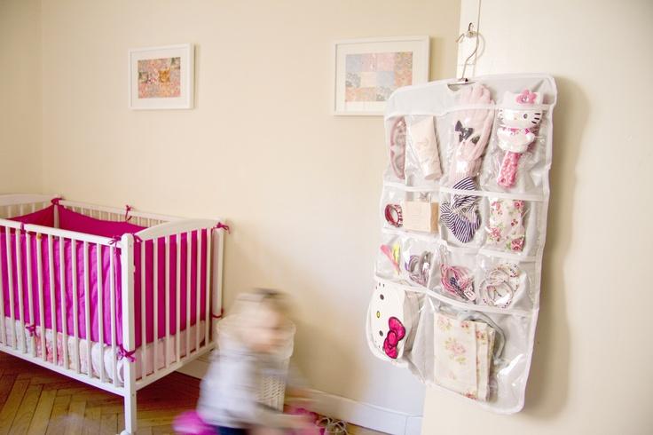 El organizador infantil coloKdo Kids es un producto para tener ordenadas las cosas del bebé y/o de los niños en general.  Más información en nuestra tienda online: www.colokdo.com