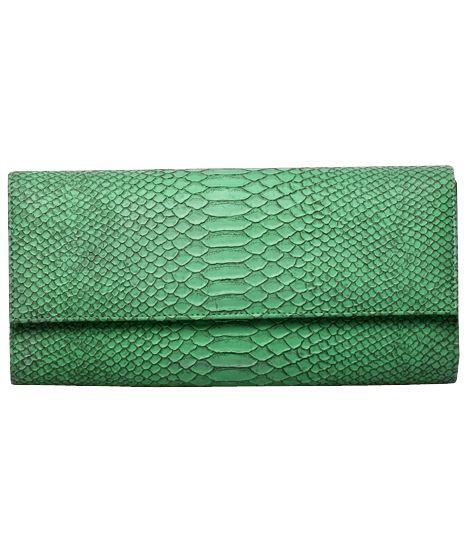 Poison ivy 1a clutch bag #clutchbag #taspesta #handbag #clutchpesta #fauxleather #kulit #snakeskin #kulitular #animalprint #persegi #fashionable #simple #colors #green  Kindly visit our website : www.bagquire.com