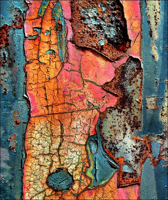 This rusty picture demonstrates texture very well. i like the many different color incorporated in this picture.