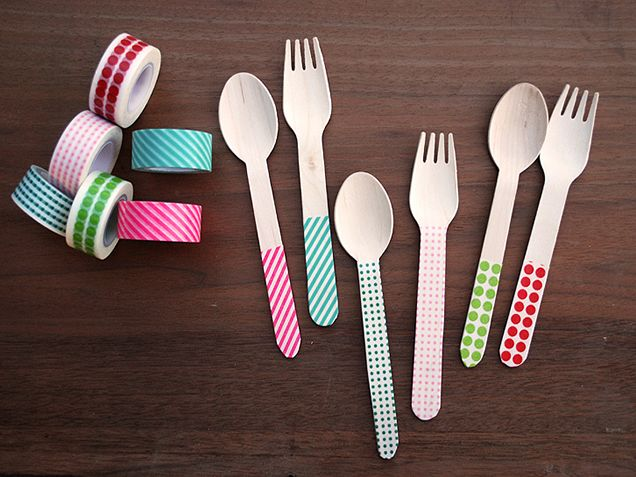 10 Adorable DIY Washi Tape Crafts You Need To Try http://www.ivillage.com/diy-washi-tape-crafts/7-a-544244