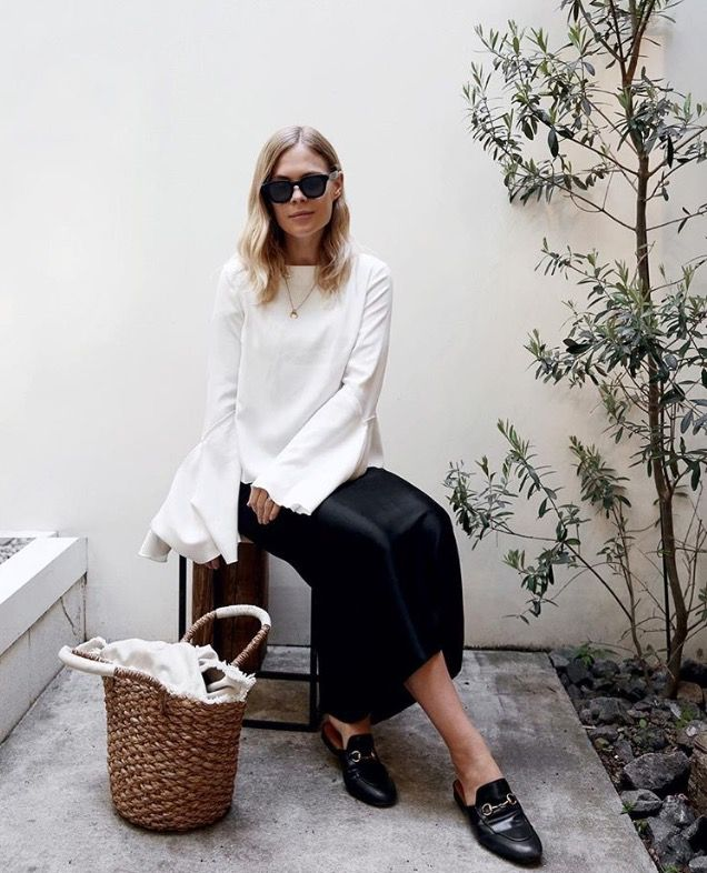 monochrome outfit, white top outfit, wicker basket outfit, loafers outfit