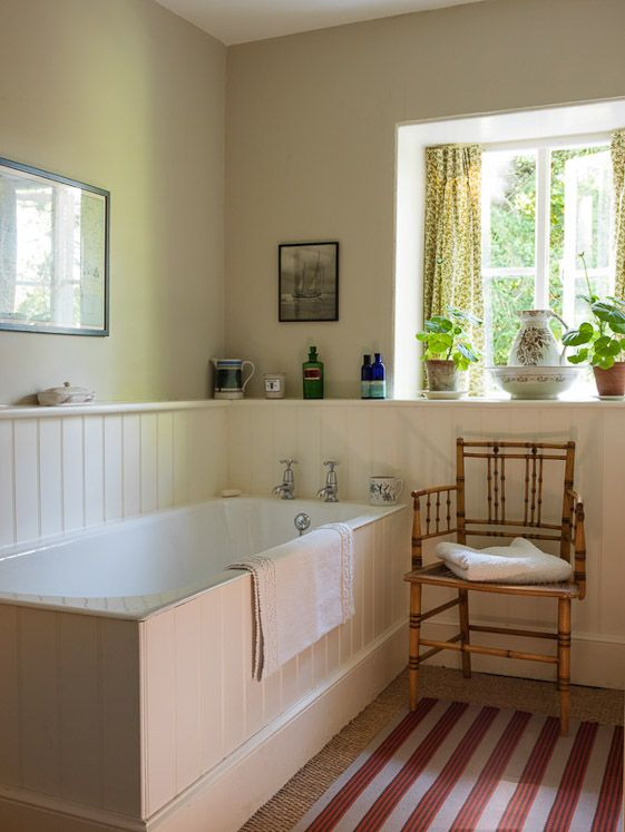 Ben Pentreath: bath in his Dorset parsonnage - how to add bit of warmth and texture