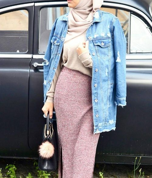 Pencil skirt with oversized jean jacket-Casual fall outfits for hijabi women – Just Trendy Girls