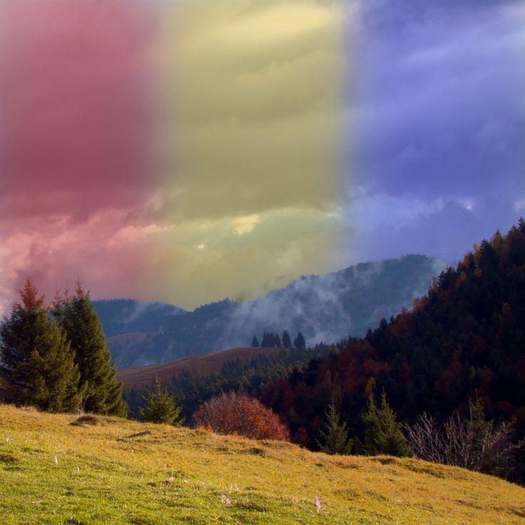 https://www.facebook.com/FataDinDacia.net Tricolor - Romanian flag www.fatadindacia.net www.MagnificentRomania.com