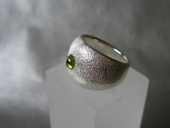 NO FIRE  Classy sterling silver ring by SILVERSTONEbyRenata