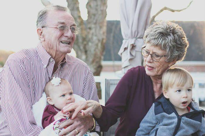 Tanulmány: Elképesztő hatással van az életre a unoka-nagyszülő kapcsolat!