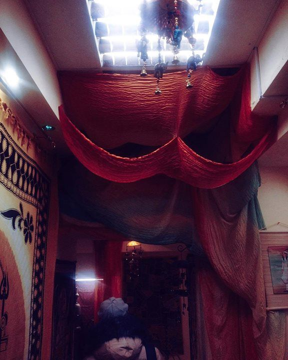 #mytajmemory Друг мойВилли. Ты знаешь друзья-это светлячки в ночном небе. Они берут тебя за руку ведут к свету. Ты погружаешься в мир смеха веселья душевности. Словно вечное чаепитие. ( странные записки Лоры) by miss_lorik #IncredibleIndia #tajmahal