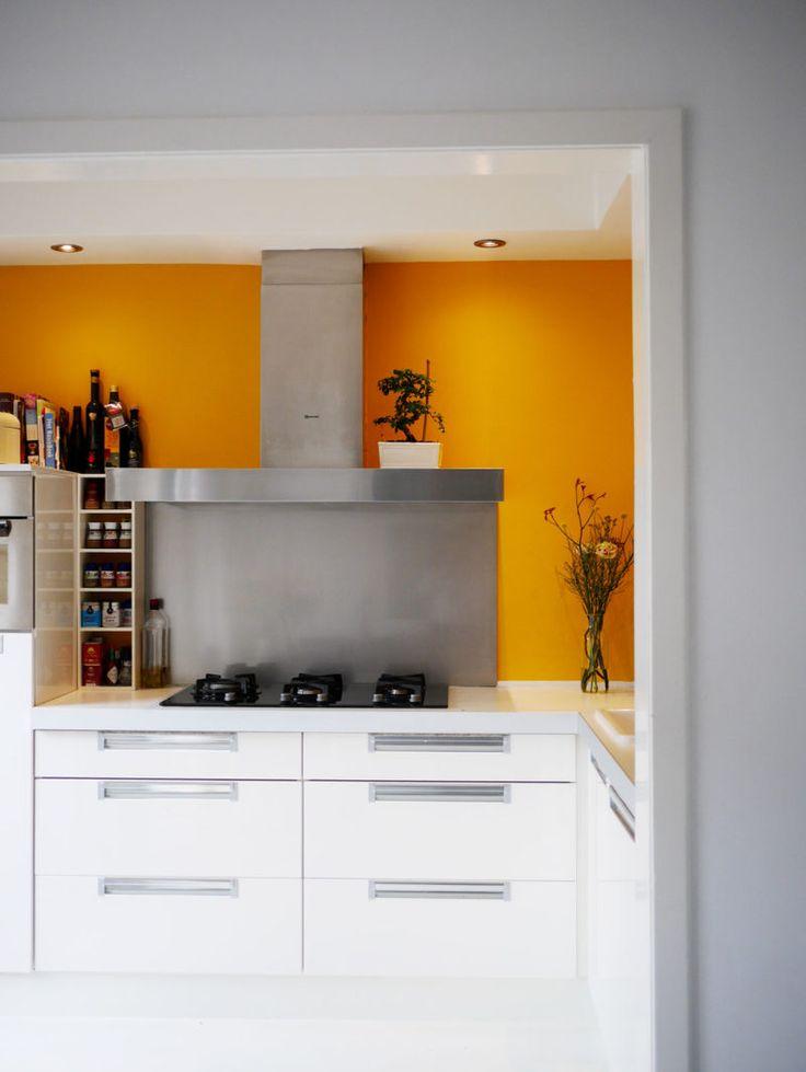 25 beste idee n over gele keukens op pinterest blauw gele keukens gele keukenmuren en gele - Verf keuken lichtgrijs ...