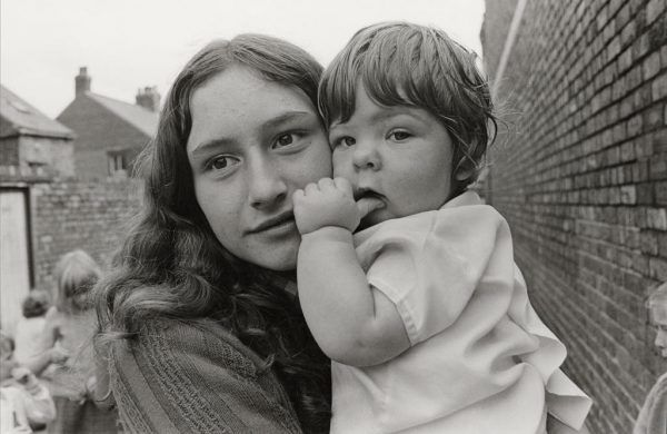 'Girl and Child Near The Bottom of Janet Street Backlane' 1971 Byker. Sikka-Liisa Konttinen