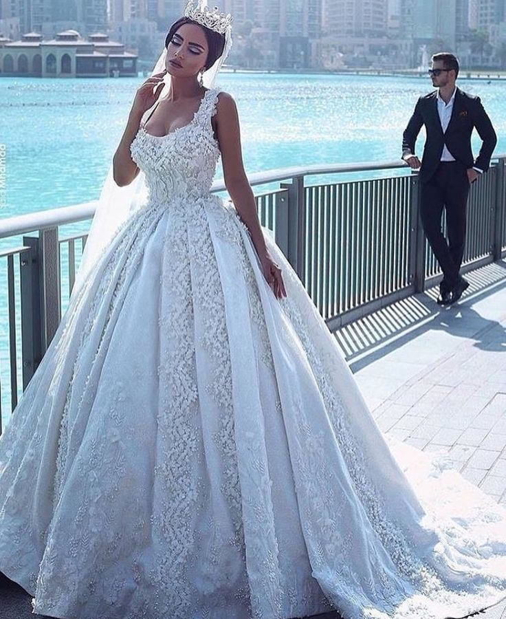 557 best Gowns images on Pinterest | Homecoming dresses straps ...