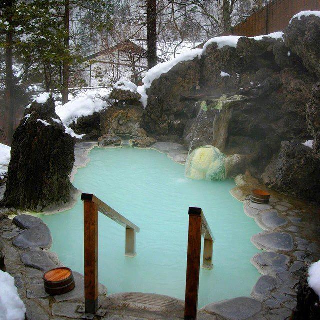 Shirahone Hot Springs in the Japanese Alps near Kamikochi, Japan #AMERICANAPPAREL #PINATRIPWITHAA
