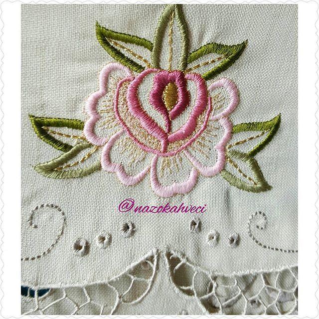 #işleme#elişi#handmade#flowers #flower #flowerstagram #roses #beyaziş #vintage#vintagestyle #stitch #crochet#crochetgeek #crochetgram #cross #crosstitch #instagram #instamood #instacool #instalove #fashion