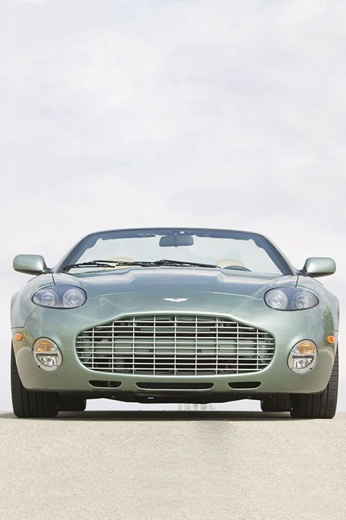 Visit The MACHINE Shop Café... ❤ The Best of Aston Martin... ❤ (The Aston Martin DB5 Spyder)