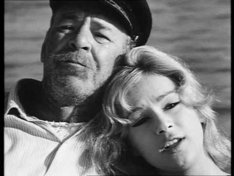 ▶ Θάλασσα Πλατιά - Αλίκη Βουγιουκλάκη - YouTube