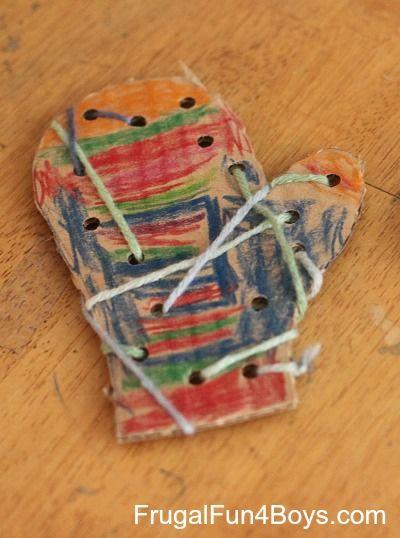 Lacing mittens winter craft for preschoolers #preschool #wintercrafts
