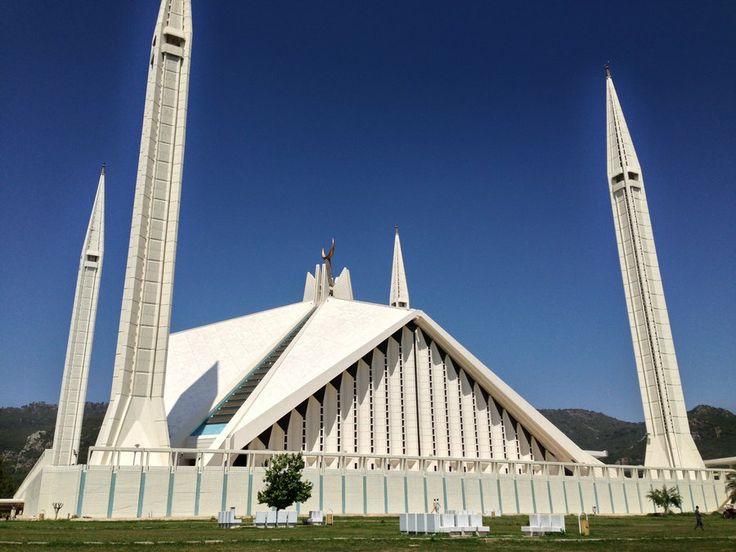 Photo Faisal Mosque - Islamabad, Pakistan by Asad Mahmood on 500px