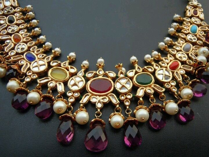 Navratna neck piece