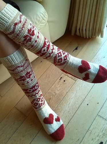Min Ulla Slipper Socks: I cast on 48 stitches and after the rib I used chart 9 and 10 from the Min Ulla scarf pattern for these slipper socks. On the last leg round I increased three stitches for the foot and then followe...