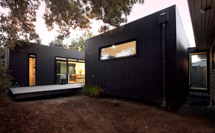 Modscape. Box Hill extension/ glass link hallway