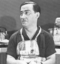 Nikos Rizos 1924-1999 the best Comedian ever Born the Greek Cinema owes a lot to this man.