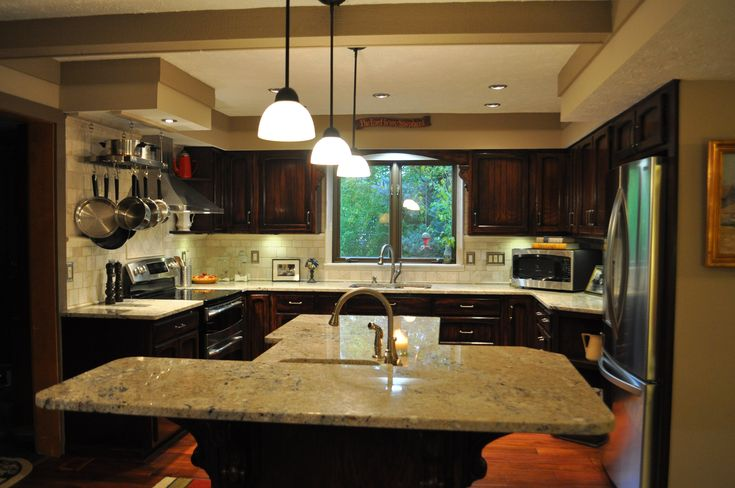 Illustration of 5 Favorite Types of Granite Countertops for Stunning Kitchen