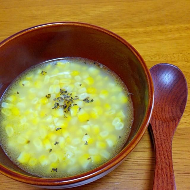 ある、料理好き主婦のブログを見て作りました☆ とうもろこしのおいしい季節です!! - 15件のもぐもぐ - コーンスープ by Gluttonous0313