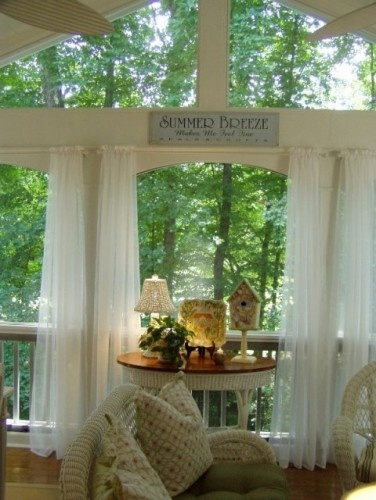 Love the curtains on the porchIdeas, Patios Design, Screens Porches, Porches Curtains, Trees House, Traditional Porches, Covers Porches, Summer Breeze, Families Room