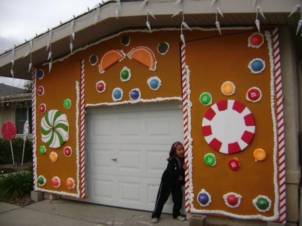 Best Life Size Gingerbread House Images On Pinterest - Gingerbread house garage