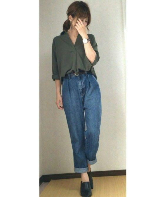 GUのスキッパーロングカフスシャツ♡ やっぱり好きなカーキを選びました♡ でも、ネイビーもほんと可愛