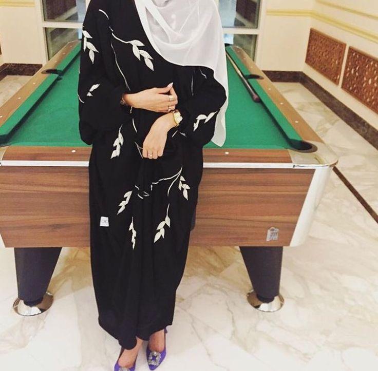 IG: EternityAbayas    IG: BeautiifulinBlack    Modern Abaya Fashion   
