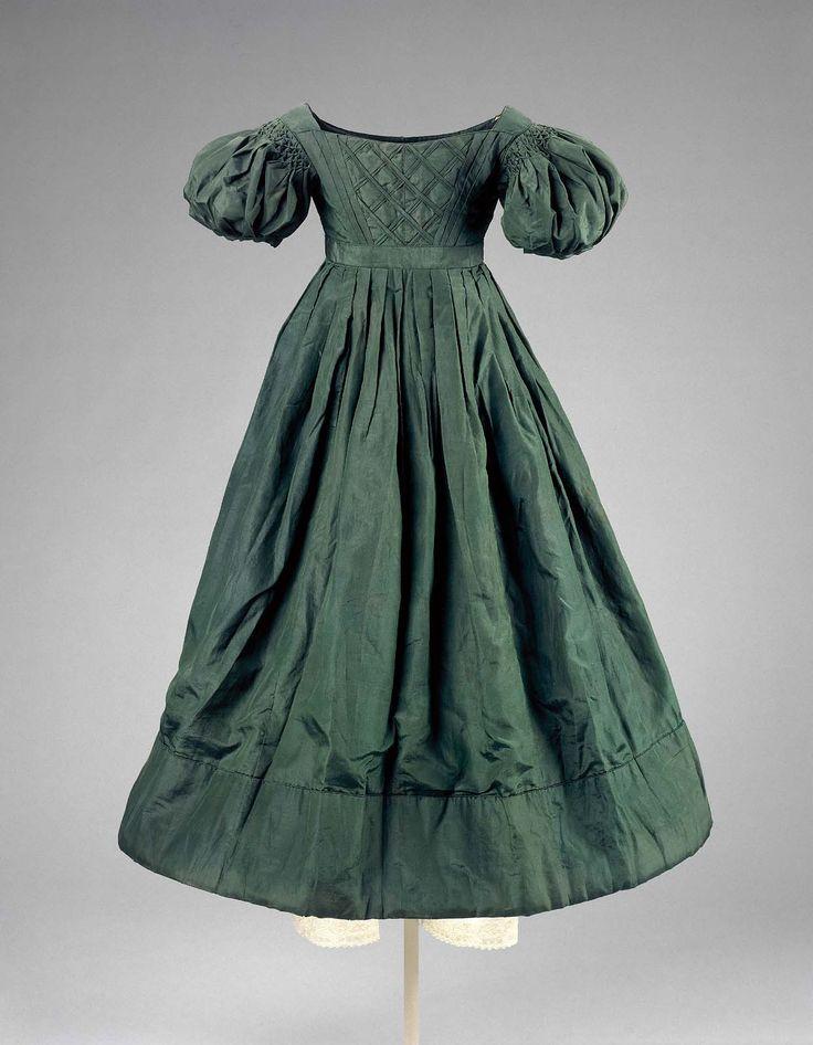 Child's dress  1820–25