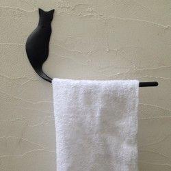 猫の後ろ姿のタオルハンガー
