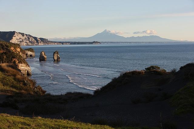 Three Sisters and Elephant Rock, North Taranaki <3