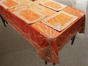 Dekor world hand beaded table cover w/6 pcs mat.