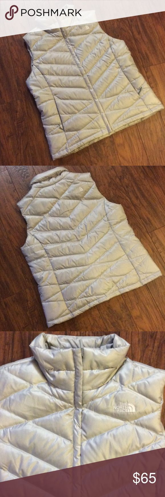 🌺North Face Vest - Great Condition🌺 Womens North Face vest in great condition. Silver/grey vest with white North Face stitching. North Face Jackets & Coats Vests