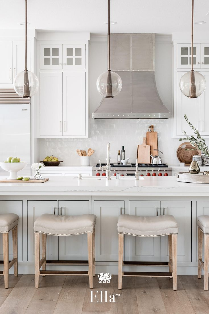 This Two Tone Modern Farmhouse Kitchen Features Ella Countertops Glass Pendant Lights And A Farmhouse Kitchen Design Kitchen Design Modern Farmhouse Kitchens
