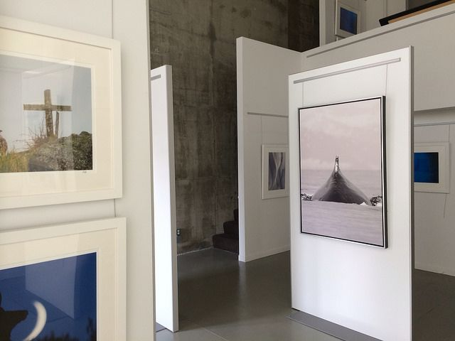 14 Best Images About Interiors Movable Walls On Pinterest Display Easel Machine Age And Cinema