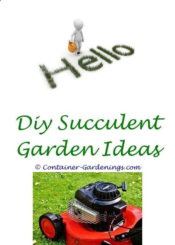 ideas for a bohemian garden fence - strange garden ideascreative