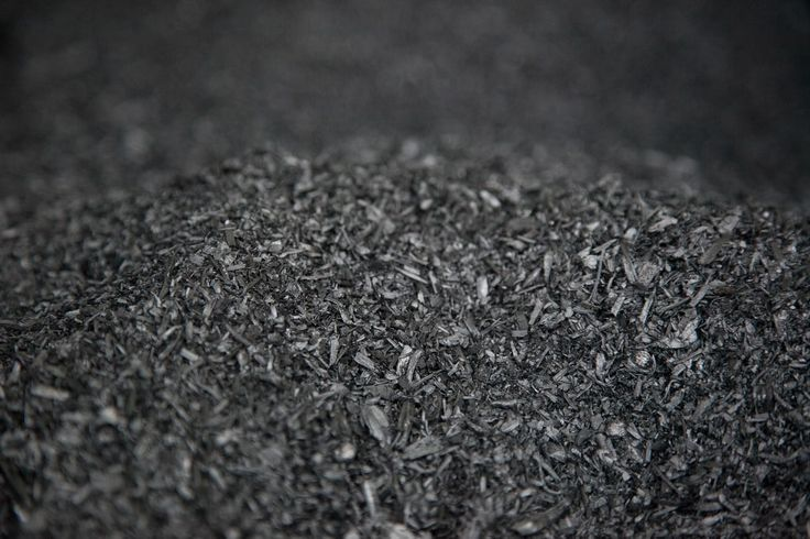 Making biochar out of yard waste is good for your soil and for the planet.