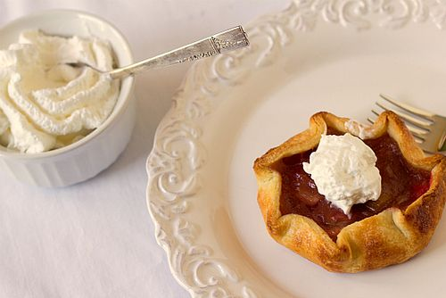 rubarb pie tartlets