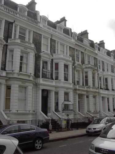 Londoni viktoriánus házak egykor és most