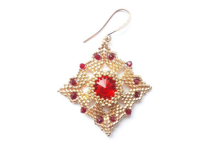 Vergoldete Ohrringe - Rechteckige Peyote Ohrringe - ein Designerstück von tizianat bei DaWanda