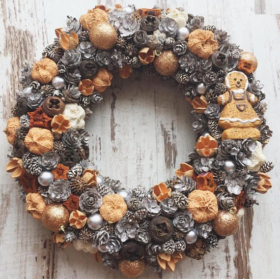 Christmas wreath door hanger rustic shabby chic vintage