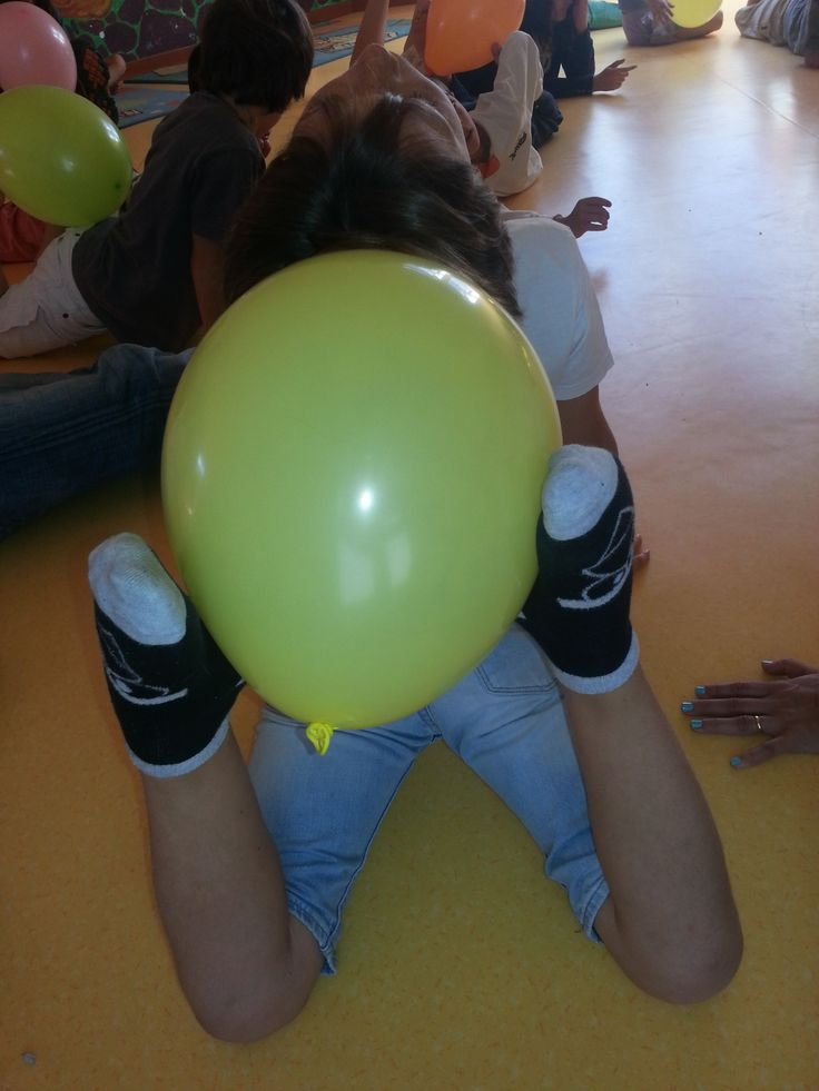 Yoga with baloon                                                                                                                                                                                 Mais