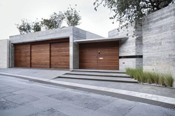 10 fachadas que resguardan la privacidad (de concreto y con estilo) (De Bárbara Barrera)