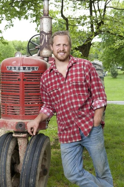 """Oh man I wish I got GAC so I could watch """"Farm Kings"""" this guy has 8 brothers and farms :)  And... look at that tractor ♥"""
