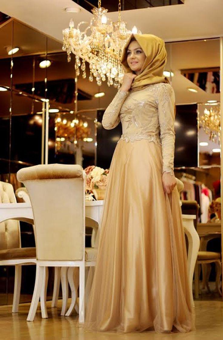 Pınar Şems - Defne Abiye Gold